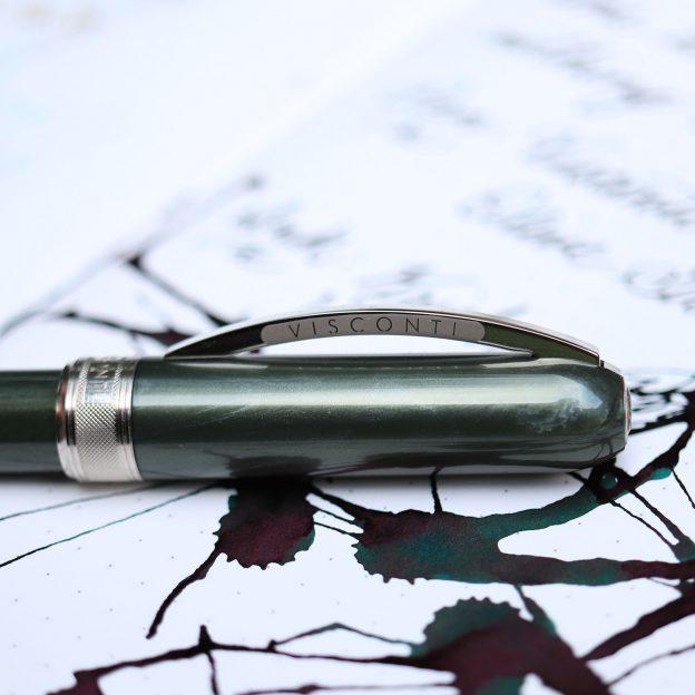 Visconti Rembrandt Olive Green fountain pen Photo Credit PenBoyRoy