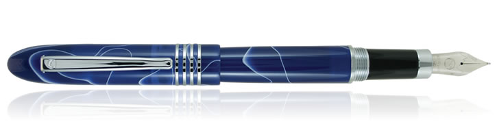Monteverde Mountains of the World Fountain Pens in Mount Denali
