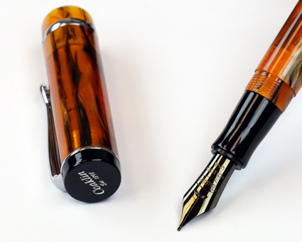 Conklin Duragraph Fountain Pen Review Nib and Cap